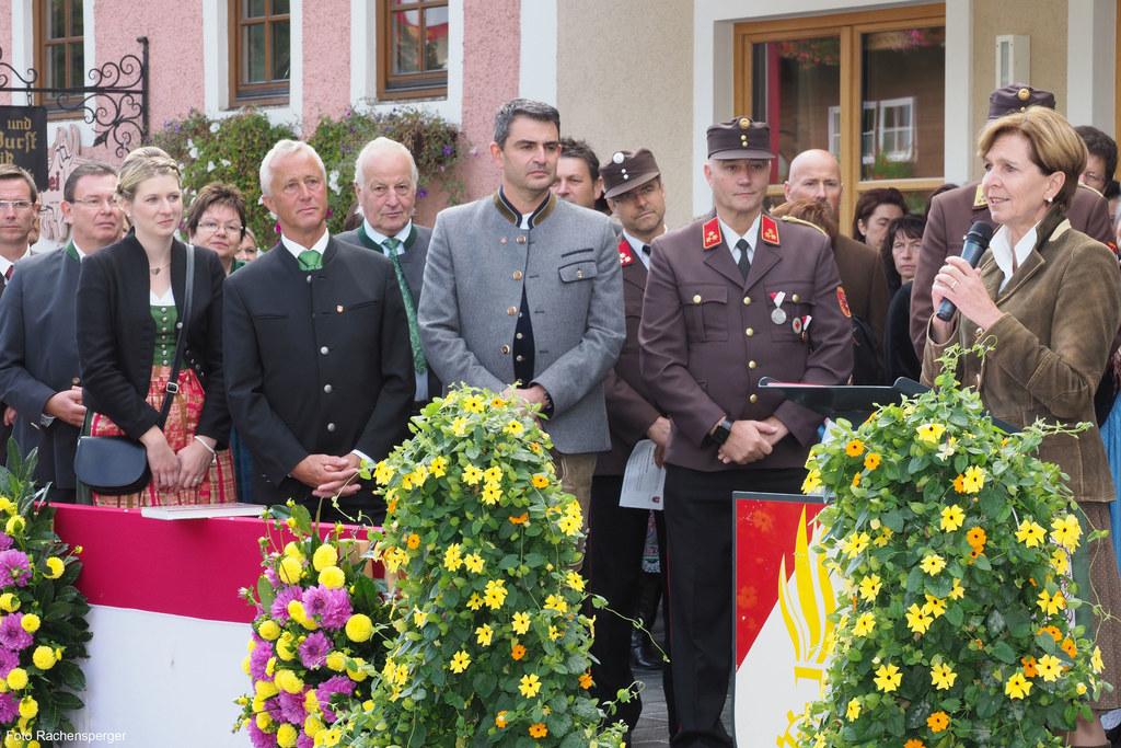 Landtagspräsidentin Brigitta Pallauf stellte sich beim runden Jubiläum der Freiw..