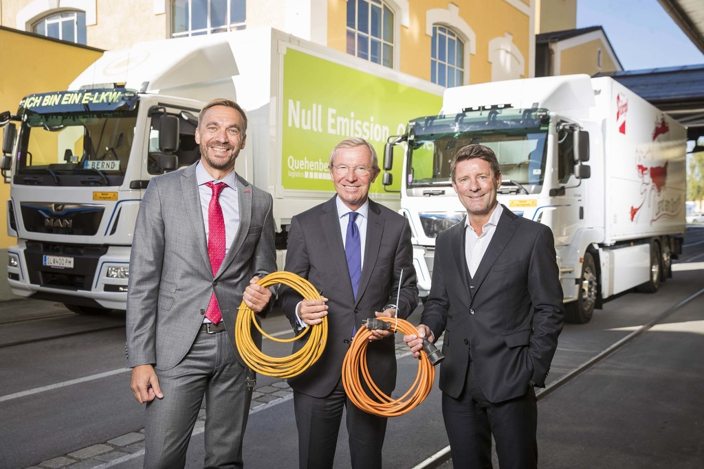 Die Firmen Quehenberger und Stiegl lassen die ersten E-Lkw in Salzburg rollen, b..