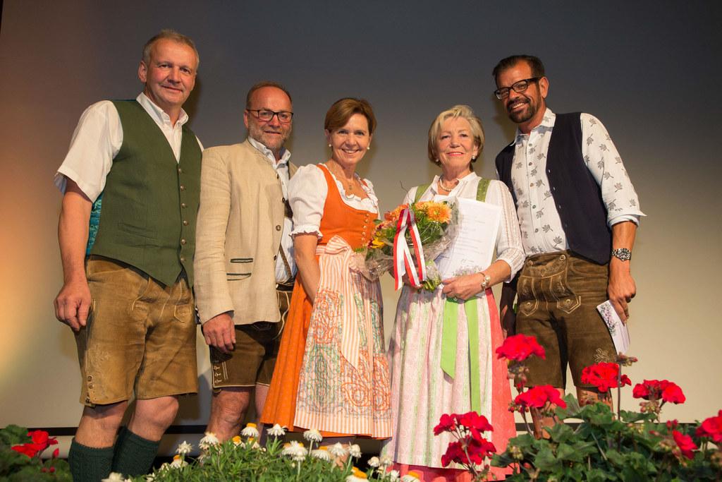 Preiseverleihung Blumenschmuckwettbewerbes im Kongresshaus St. Johann, im Bild: ..