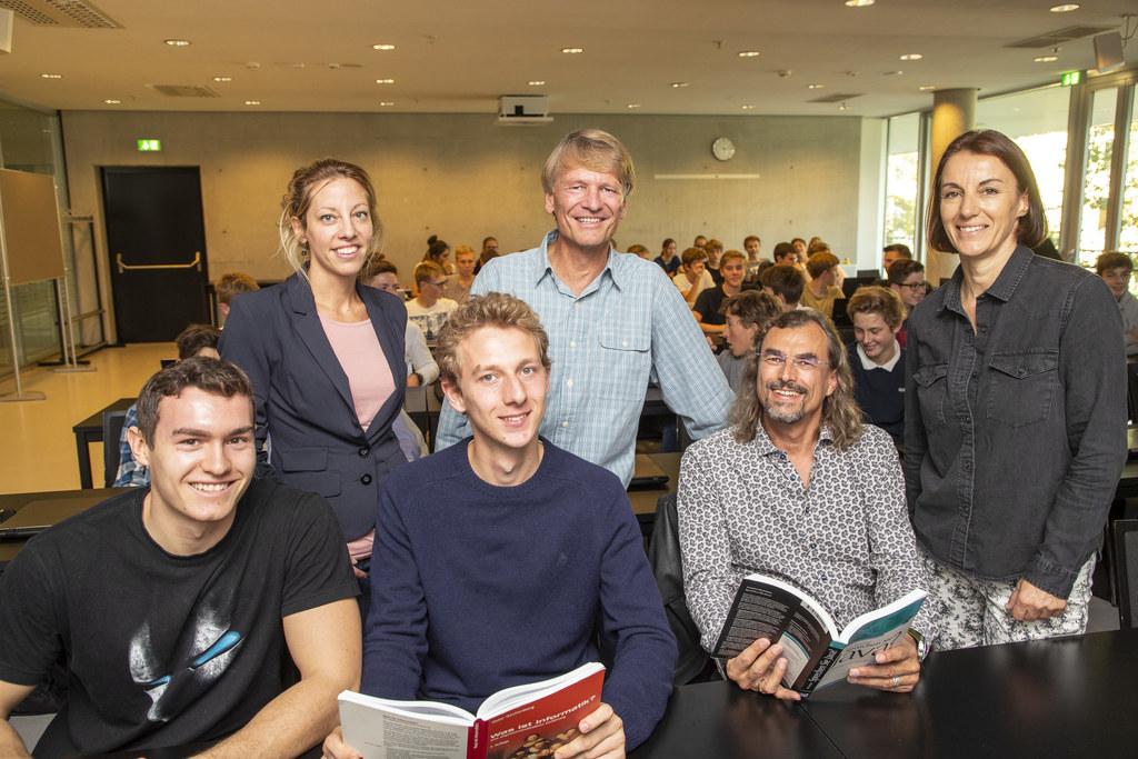 Informatik-Uni-Studium bereits vor der Matura, im Bild: Markus Sikora, Astrid Fr..