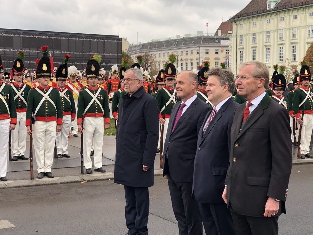 Schützenfestakt am Heldenplatz in Wien