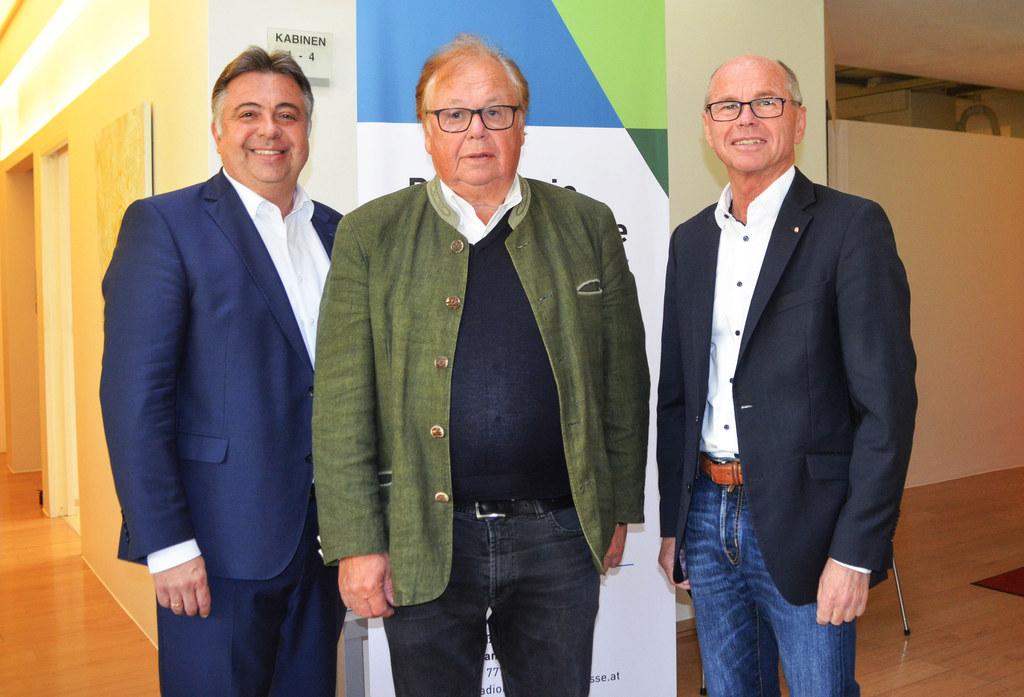 Radiologische Praxis in Zell am See wieder geöffnet, im Bild: Bgm. Peter Padoure..