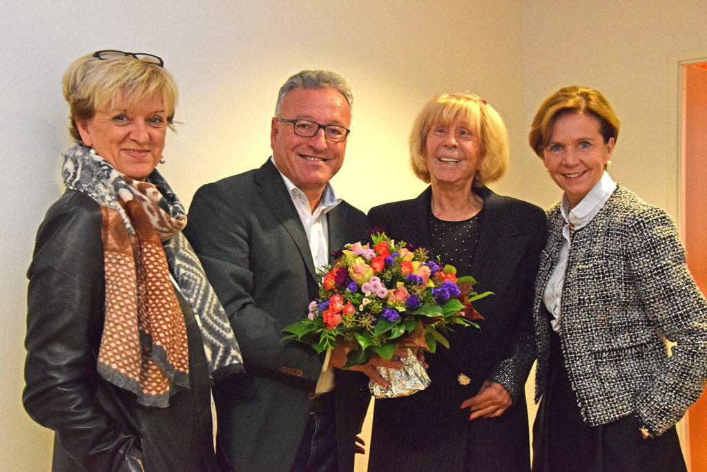 Inge Brodil-Kuhn (Geschäftsführerin Pro Salzburg), LH-Stv. Heinrich Schellhorn, ..