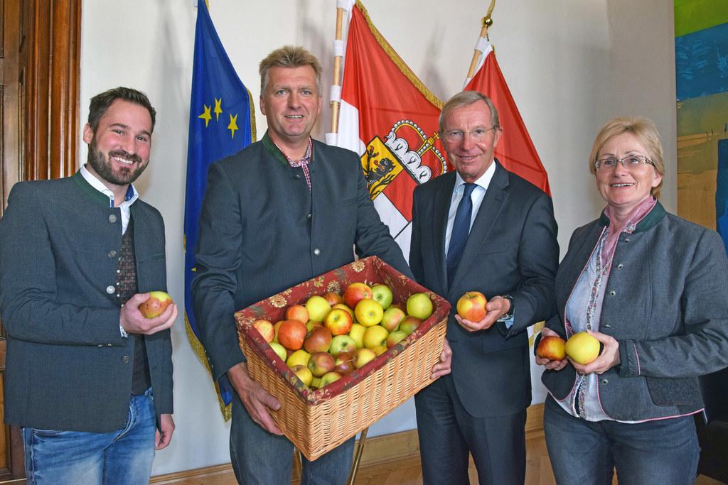 Es hat schon Tradition: der Tag des Apfels, im Bild: Philipp Müller, LWK-Obst- u..