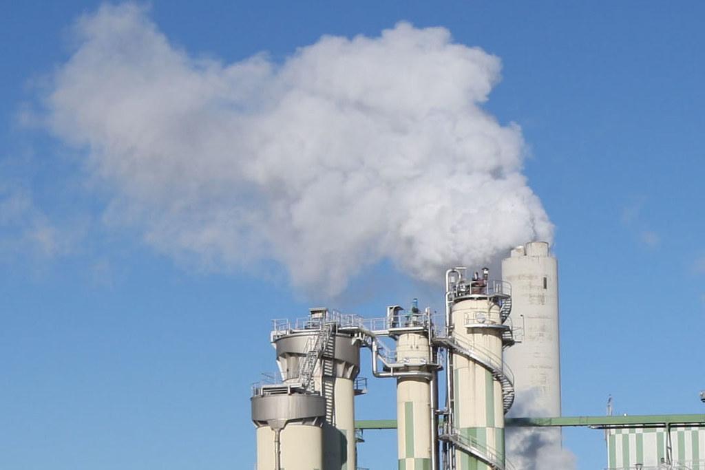 Feinstaub aus Kraftwerken sorgt oft für schlechte Luft (Symbolfoto).
