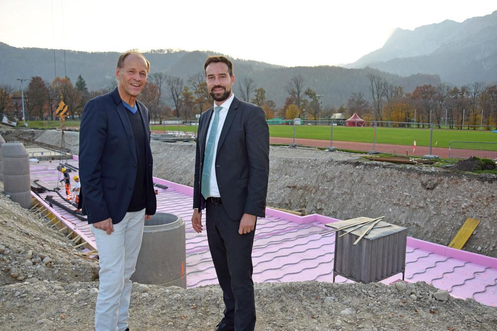 Die Bauarbeiten im Sportzentrum Rif schreiten zügig voran, im Bild: Wolfgang Bec..