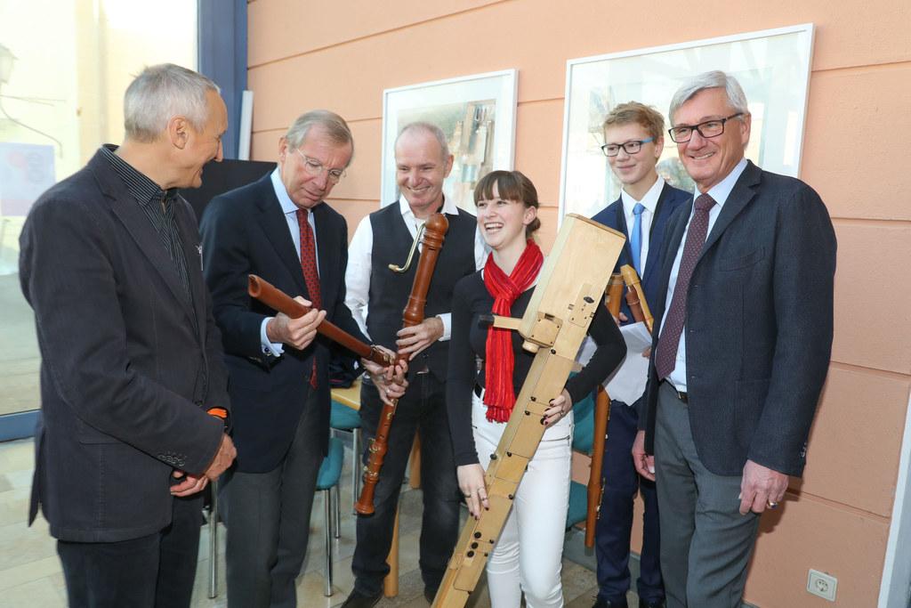 Landeshauptmann Wiflried Haslauer, Bürgermeister Harald Preuner und Musikum-Dire..