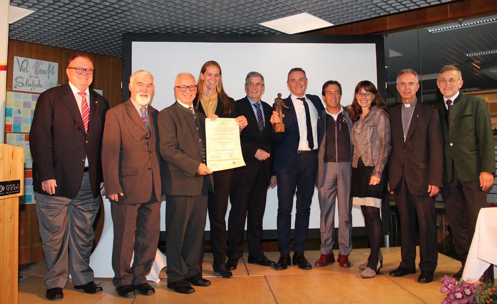 Landesrätin Andrea Klambauer bei der Romero-Preisverleihung in Oberndorf.