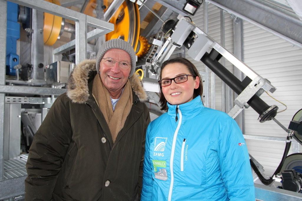 LH Wilfried Haslauer und Elke Ludewig vor der Werkseilbahn auf den Sonnblick.