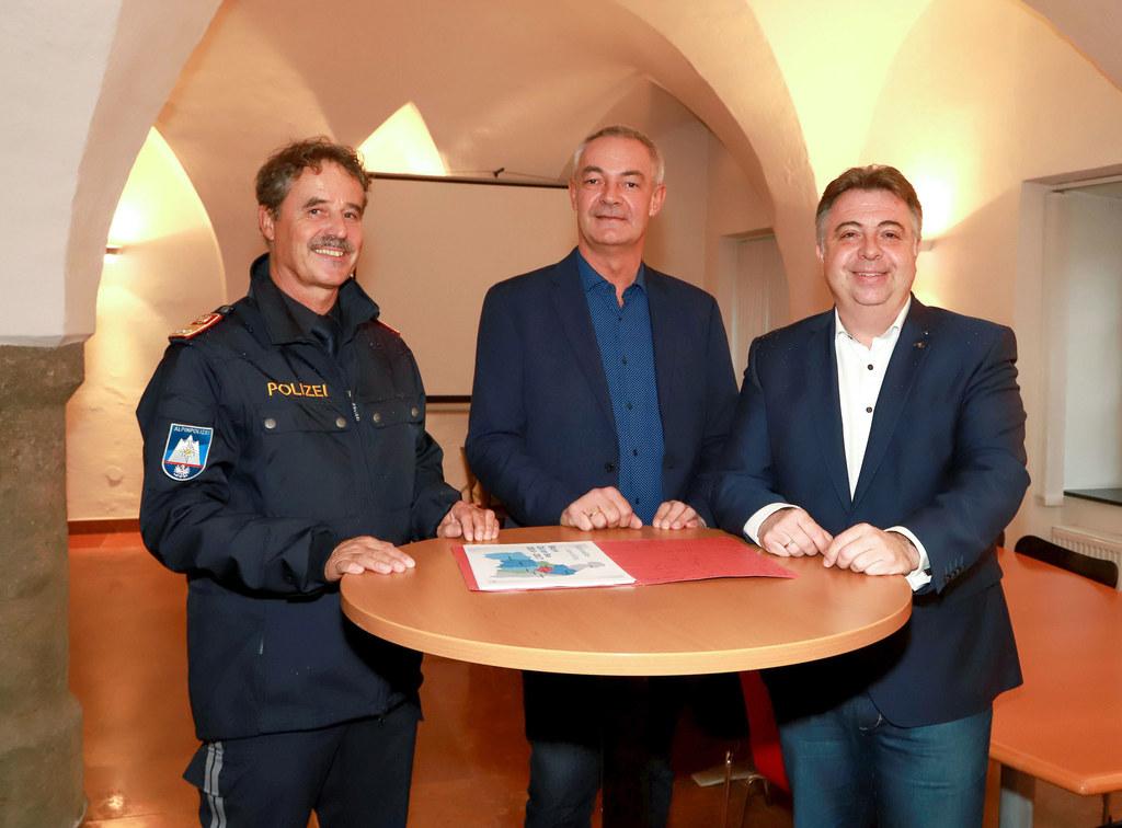 BH Zell am See entwickelt weitere sicherheitspolizeiliche Maßnahmen. Im Bild: Ku..