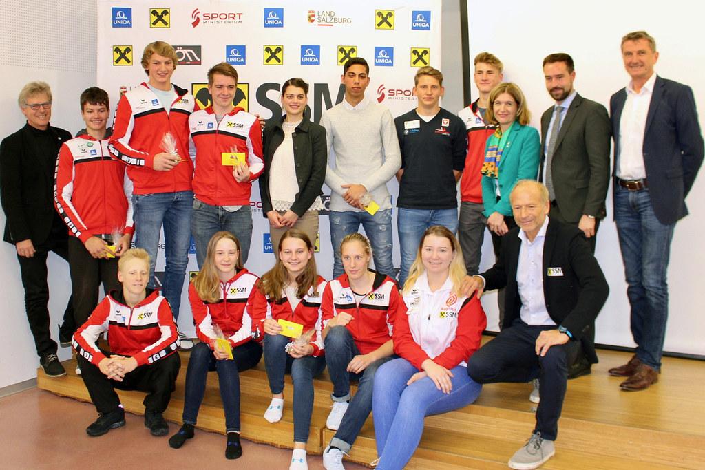 Die erfolgreichsten SSM-Sportler mit Sportlandesrat Stefan Schnöll, SSM-Geschäft..