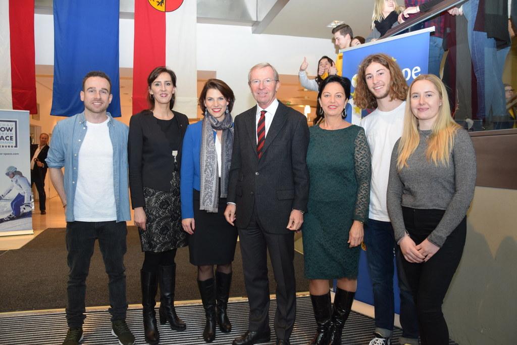 """Große EU-Schülerdiskussion und Preisverleihung beim Videowettbewerb """"Rap your EU.."""