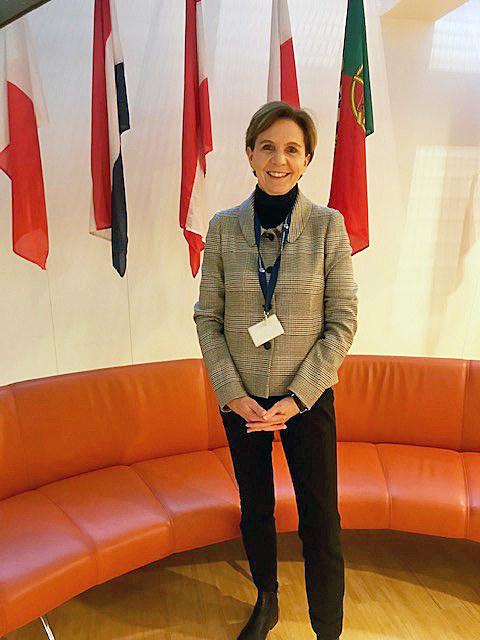 LTP Brigitta Pallauf bei der SEDEC-Sitzung in Brüssel: Vorsprung bei Forschung u..