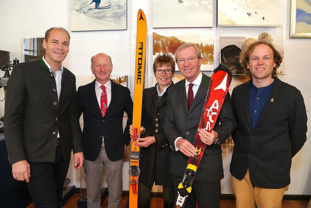 Amstübergabe im Skimuseum Werfenweng. Direktor Hans Müller (2.v.l.) übergab die ..