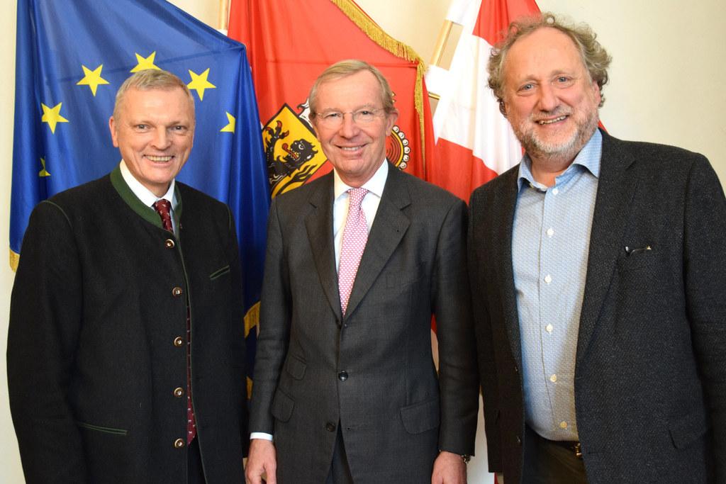 Landesveterinärdirektor Josef Schöchl als neuer Kuratoriums-Vorsitzender und Dir..
