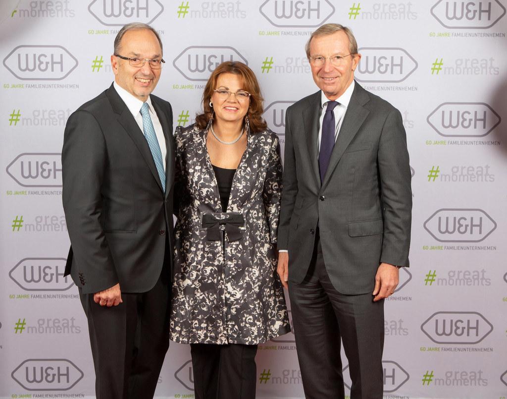 Feierten das 60-Jahres-Firmenjubiläum: Peter Malata (GF W&H) mit Gattin Daniela ..