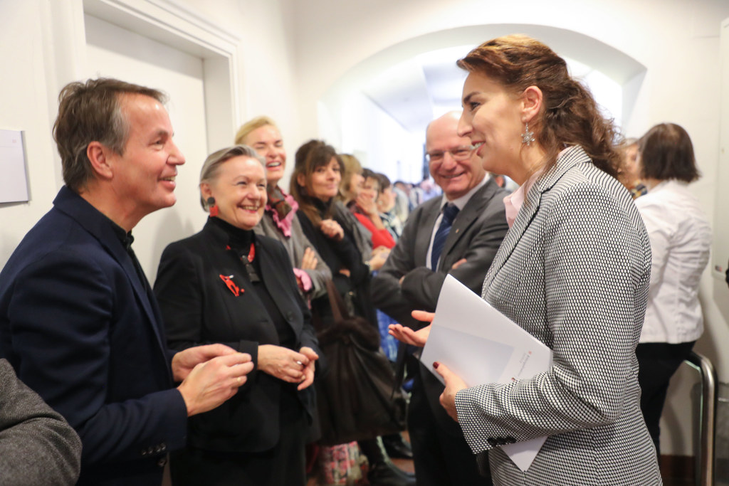 LR Maria Hutter und Bildungsdirektor Rudolf Mair (r.) beim Mitarbeiterempfang in..