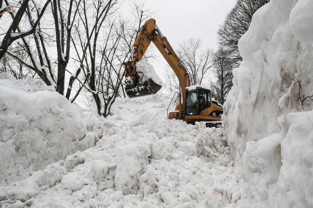 Will man die Schneemassen loswerden, soll man das nur an erlaubten und geeignete..