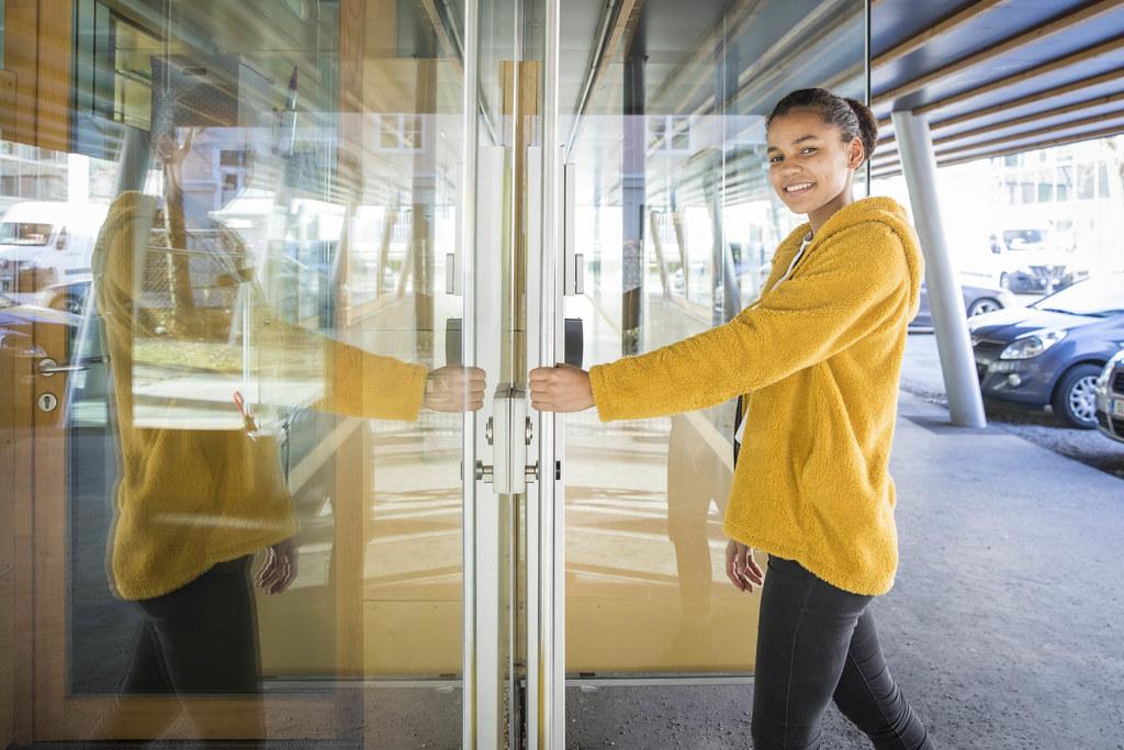 Anna Steinhauser (16) geht am 10. März zum ersten Mal wählen - und sie freut sic..