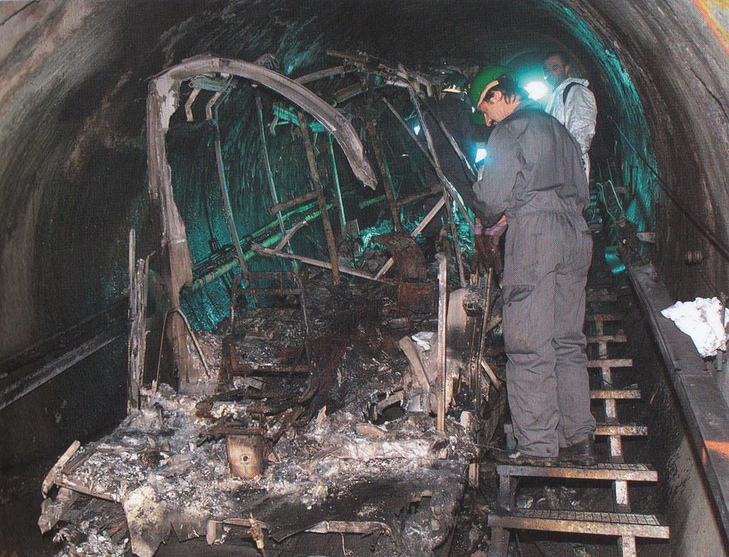 Ein Foto von Franz Neumayr, das im Jahr 2000 um die Welt ging: der Brand der Gle..