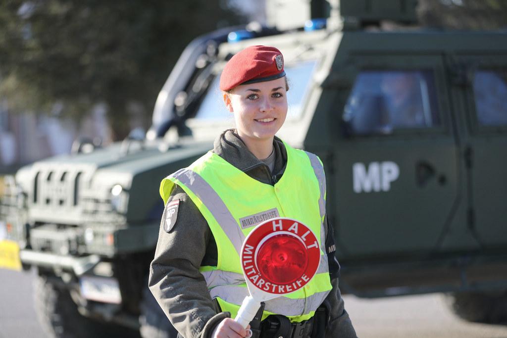 Für Melanie Winkler und 35 ihrer Offiziers- und Unteroffizierskollegen gibt es a..