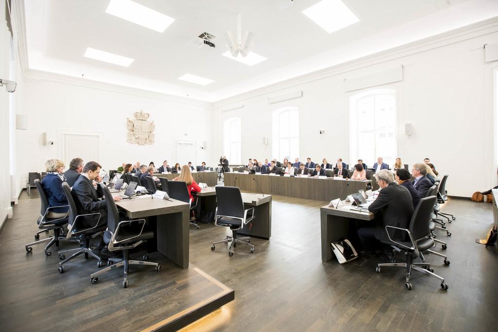 Die Ausschüsse des Salzburger Landtags diskutierten heute am Vormittag fünf Antr..