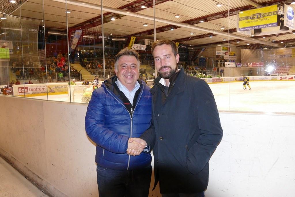 LR Stefan Schnöll und Peter Padourek, Bürgermeister Zell am See: Mit dem Leistun..