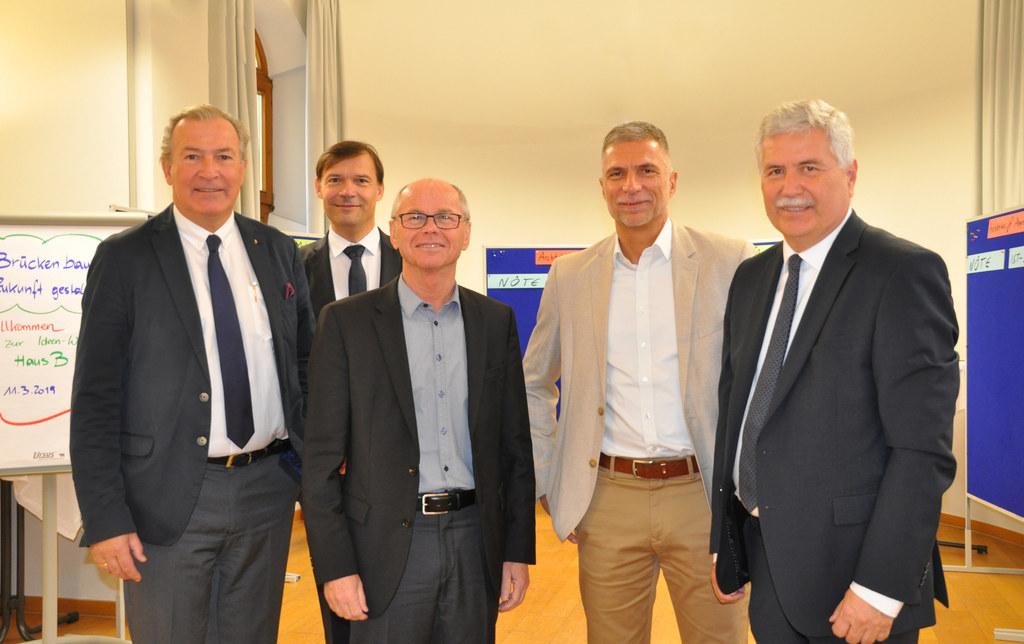 Projektstart für das neue Traumazentrum: Paul Sungler, SALK-Geschäftsführer, Jür..