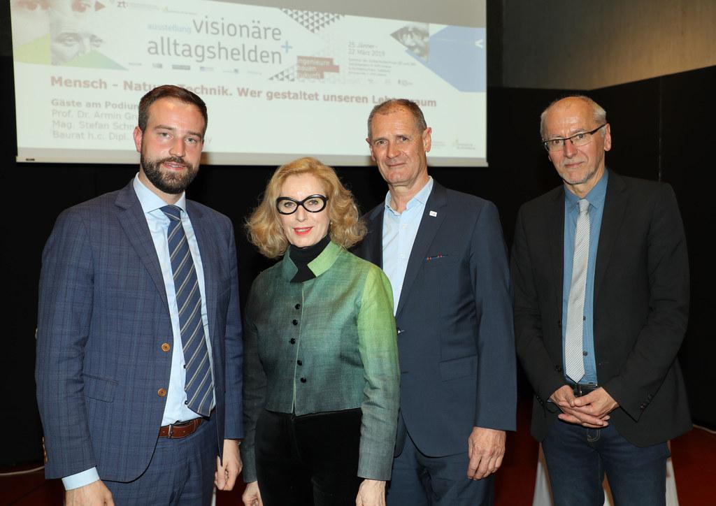 Diskutierten am Podium, moderiert von Elisabeth Nöstlinger: LR Stefan Schnöll,  ..
