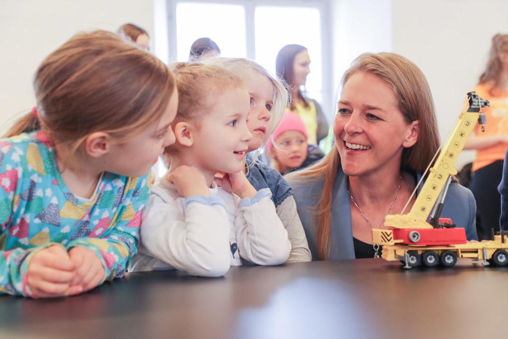 Der Zugang zu Kinderbildung ist für LR Andrea Klambauer Voraussetzung für Chancengerechtigkeit in unserer Gesellschaft.