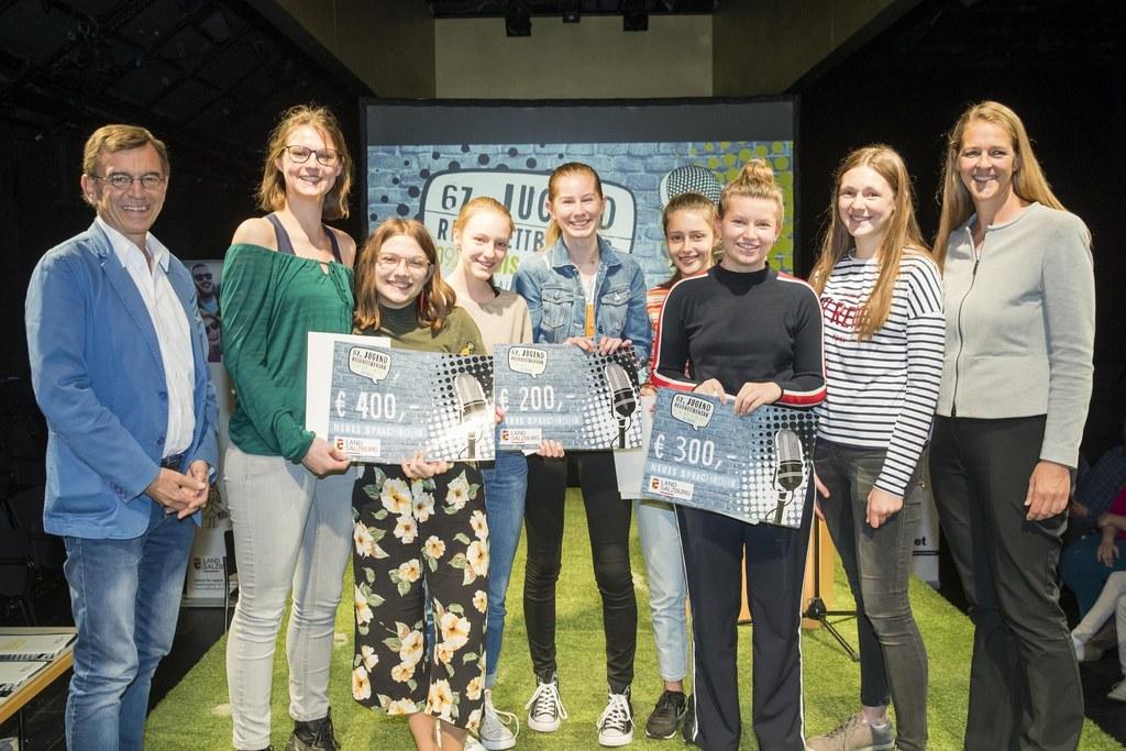 Strahlende Sieger beim Salzburger Jugendredewettbewerb 2019, im Bild:  Wolfgang ..
