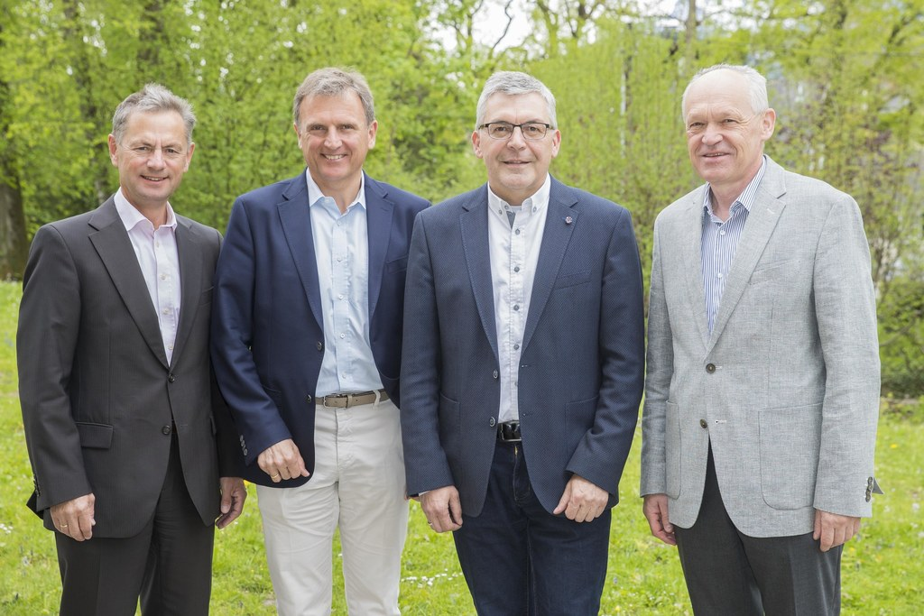 Gesundheit und Lehrlinge im Fokus: LR Josef Schwaiger mit Franz Hauthaler, Lande..