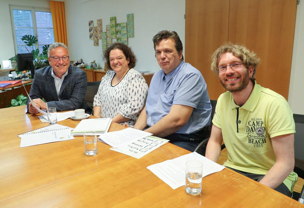 Vertreter der Lebenshilfe Salzburg zu Besuch bei LH-Stv. Heinrich Schellhorn