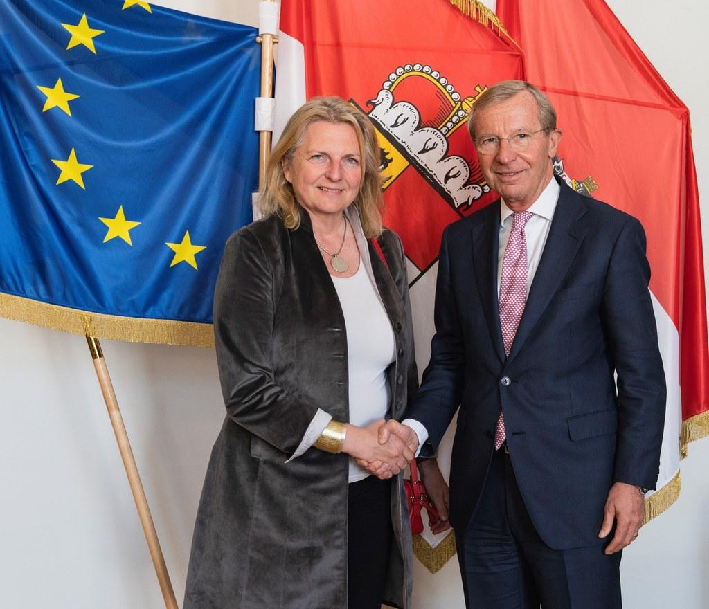 Außenministerin Karin Kneissl machte ihren Salzburger Antrittsbesuch bei LH Wilf..
