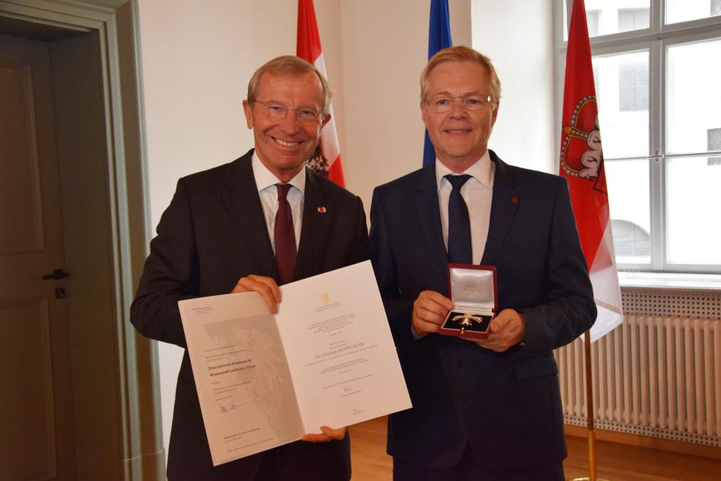 Primar Universitäts-Professor Friedrich Hoppichler wurde heute von LH Wilfried H..