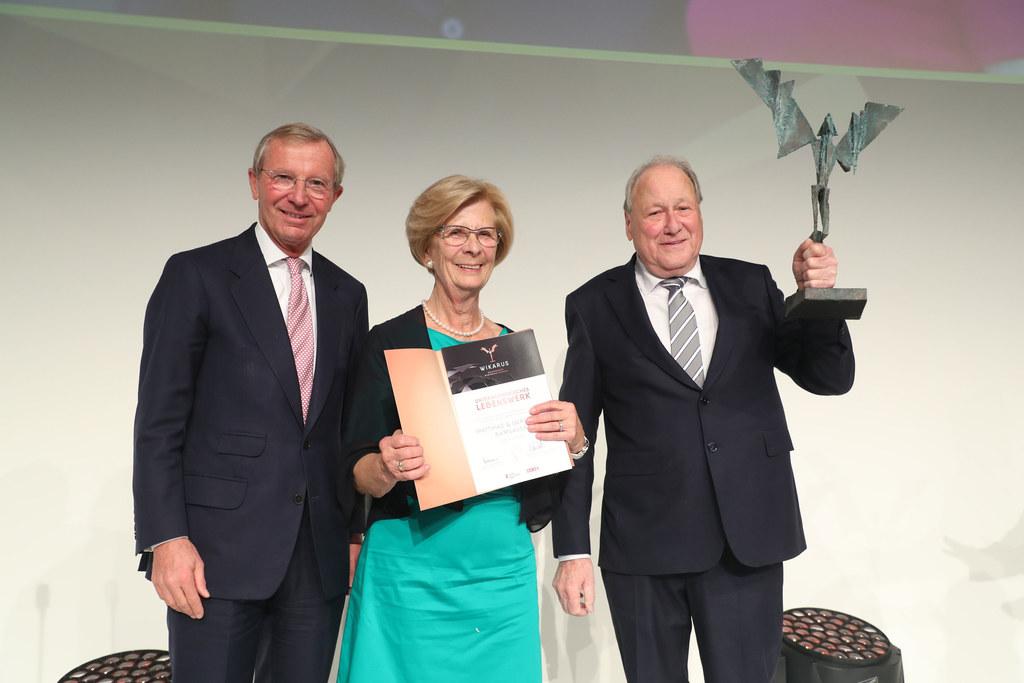 Gertraud und Matthias Ramsauer gründeten die ERA-Elektrotechnik-Ramsauer GmbH un..