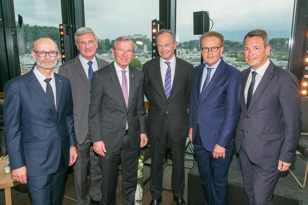 Christoph Paulweber (Sparkassen-Vorstand), Bgm. Harald Preuner, LH Wilfried Hasl..
