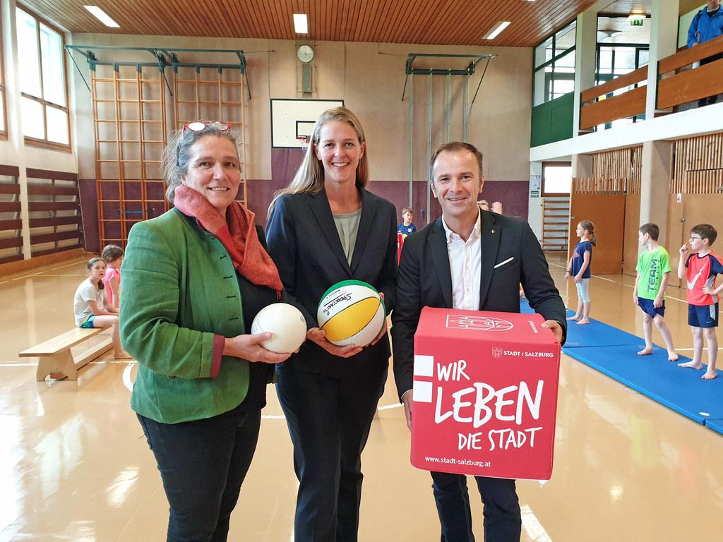 Bgm. Gabriella Gehmacher-Leitner (Anif), LR Andrea Klambauer und Vizebgm. Bernha..