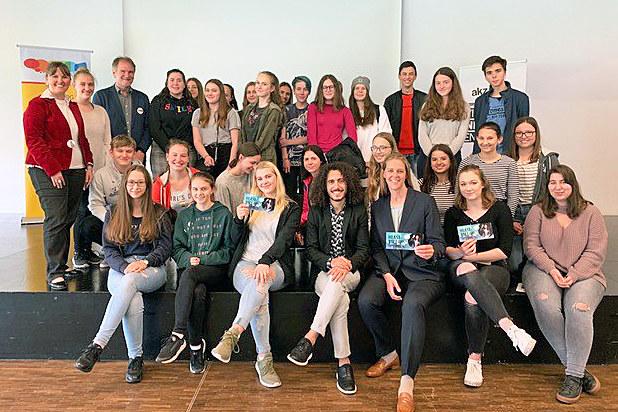 LR Andrea Klambauer beim Salzburger Jugenddialog 2019 in der Tribüne Lehen: Hier..