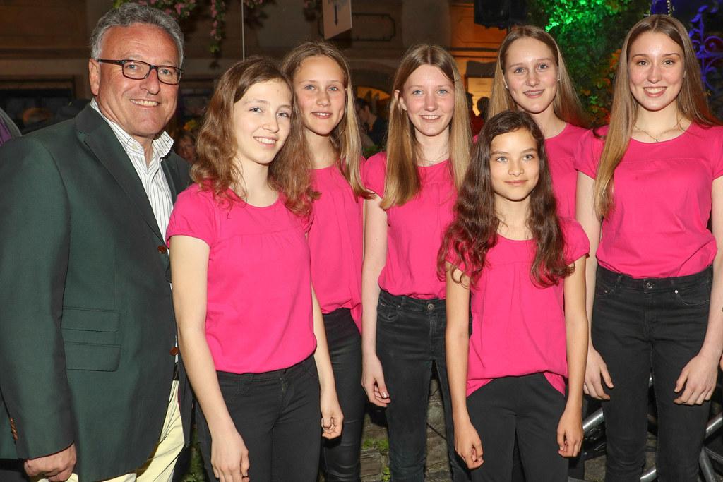 Im Vorjahr ließ sich LH-Stv. Heinrich Schellhorn bei der langen Chornacht von Mi..