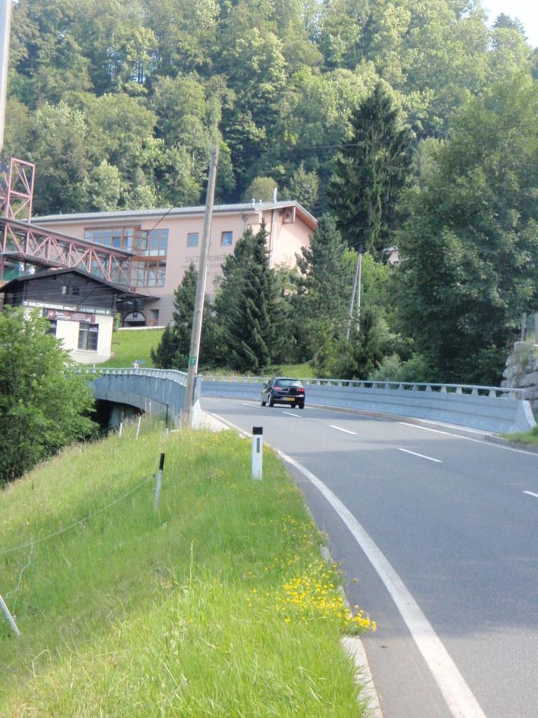 Die Kothbachbrücke auf der Dürrnberger Landesstraße wird im Sommer generalsanier..