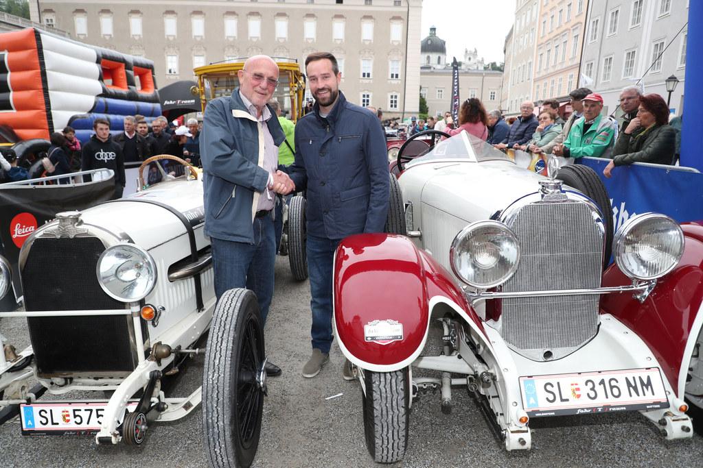 Organisator Gert Pierer mit LR Stefan Schnöll beim Start des Gaisbergrennens 201..