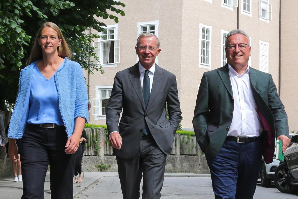 LR Andrea Klambauer, LH Wilfried Haslauer und LH-Stv. Heinrich Schellhorn begrüß..