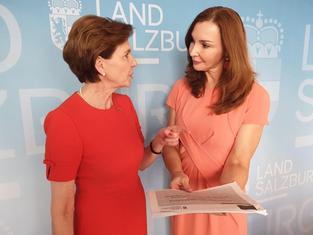 """LTP Brigitta Pallauf und die Leiterin des Verbindungsbüros in Brüssel Michaela Petz-Michez: """"2020 ist ein entscheidendes Jahr in der EU."""""""