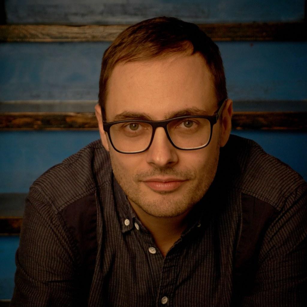 """Florian Gantner ist der künstlerische Leiter des Festivals """"Literatur findet Lan.."""