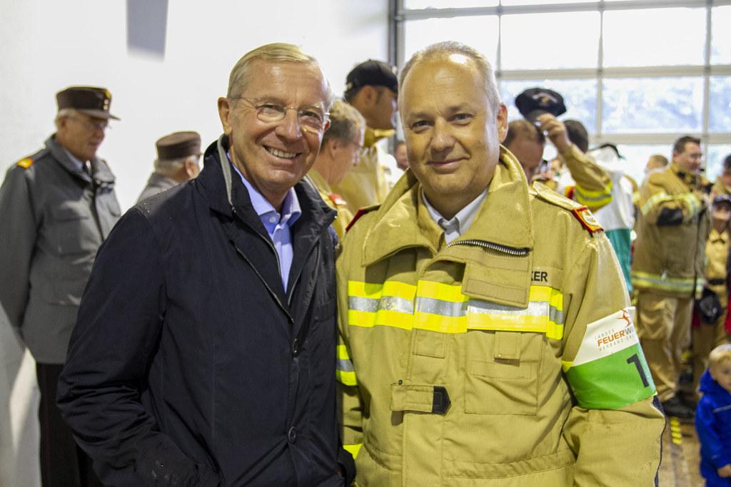Im Archivbild: LH Wilfried Haslauer mit Landesfeuerwehrkommandant Günter Trinker beim 40. Leistungsbewerb der Salzburger Feuerwehrjugend in Adnet 2019.