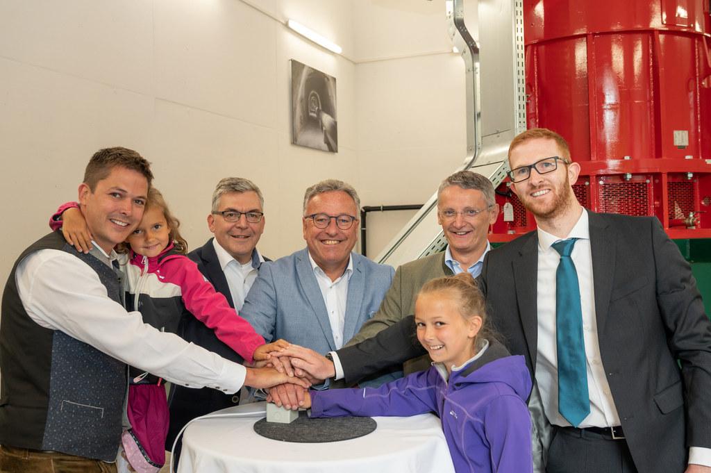 Energie frei: LH-Stv. Heinrich Schellhorn und LR Josef Schwaiger bei der Eröffnu..