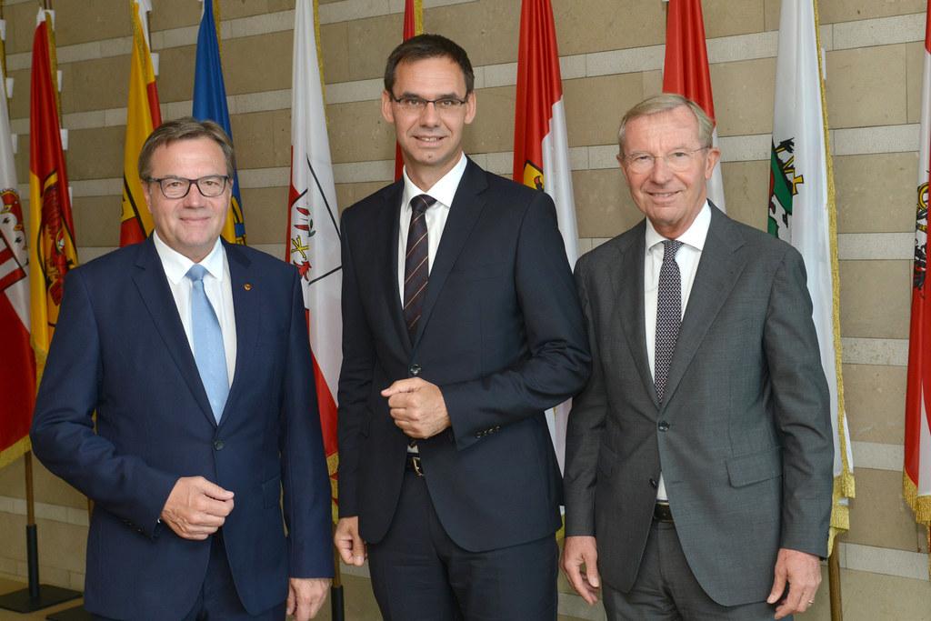 Treten gemeinsam stark auf: Die Landeshauptmänner Günther Platter (Tirol), Marku..