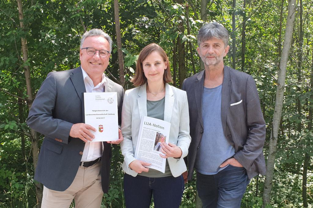 Die neue Landesumweltanwältin Gishild Schaufler übergab gemeinsam mit ihrem Vorg..