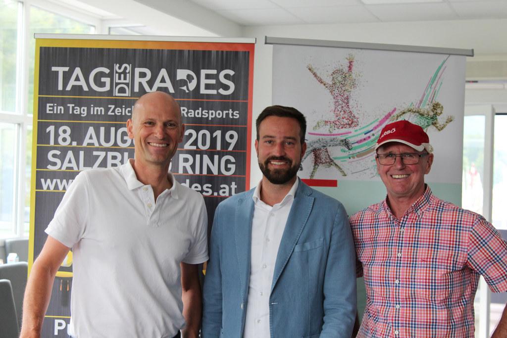 LR Stefan Schnöll, Christian Mohr (Bike Friends Salzburg) und Heinz Reiter (Radt..